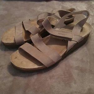 Noat Tan Sandals Velcro Sz 41/ L10 (9.5)